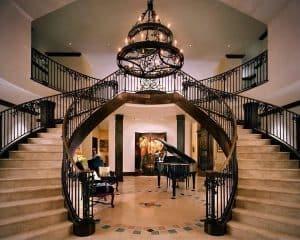 CẢNH BÁO : Những điều cấm kỵ khi thiết kế cầu thang